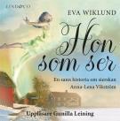 Bokomslag för Hon som ser: En sann historia