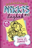 Omslagsbild för Nikkis dagbok #10: Berättelser om en (INTE SÅ PERFEKT) hundvakt