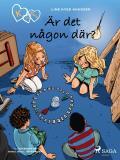 Omslagsbild för K för Klara 13 - Är det någon där?